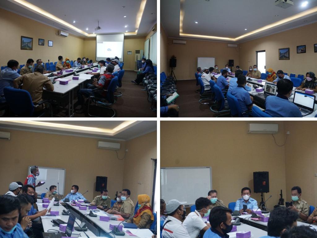 Pertemuan dilakukan di Ruang Rapat Projaliwa Bid. Bina Marga Dinas PUPR Prov. NTB